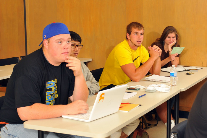 English department introduces creative writing minor, course
