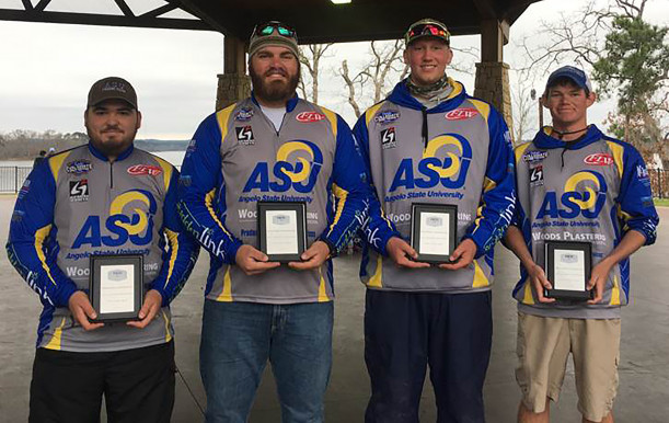 (L to R) Nathan Ahle, Nolan Osmanski, Ty Johnson and Will Curlee show off their plaques from the Yeti FLW College Fishing 2017 Southern Conference Tournament.