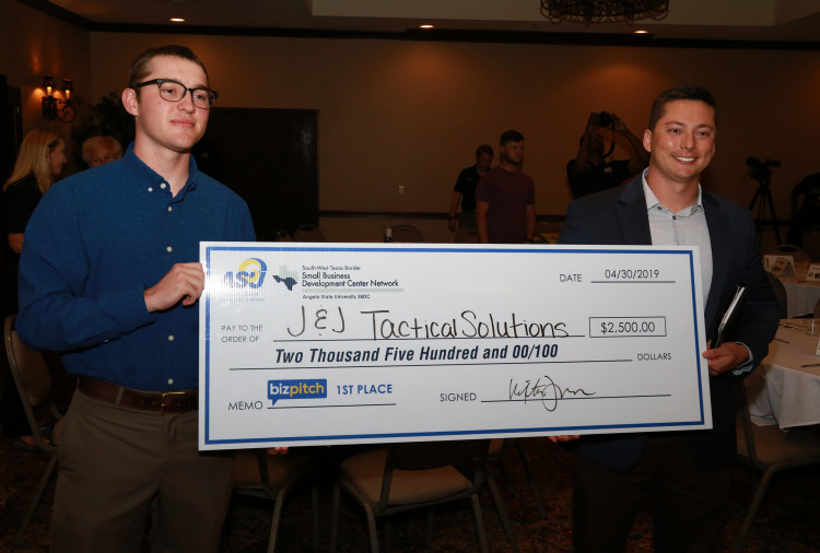 Angelo State 2019 BizPitch Contest Winners (L to R) Jesse Lee and Justin O'Brien