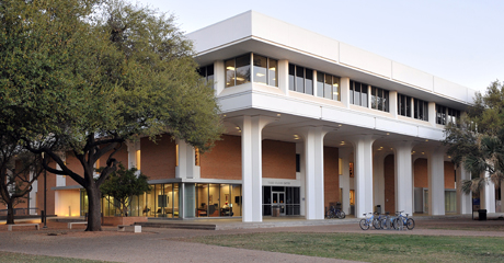 The Freshman College is in Porter Henderson Library.