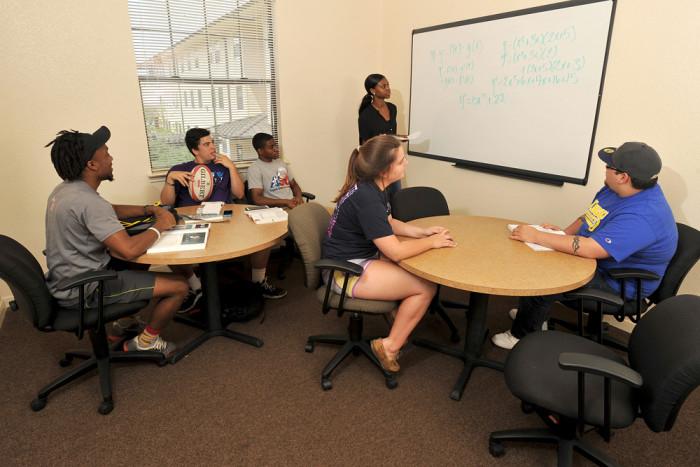 Academic Tutoring | Freshman College