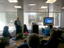Mark Allan (Assistant Director of Research and Instruction Services) demonstrates the Library's online resources.